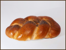 «Twist» bread with poppy seeds